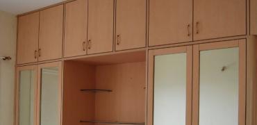 Gambar Lemari pakaian anti rayap berbahan dasar kayu